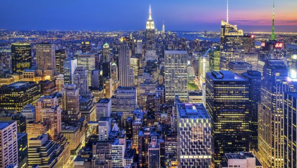 Manhattan New York skyline at night