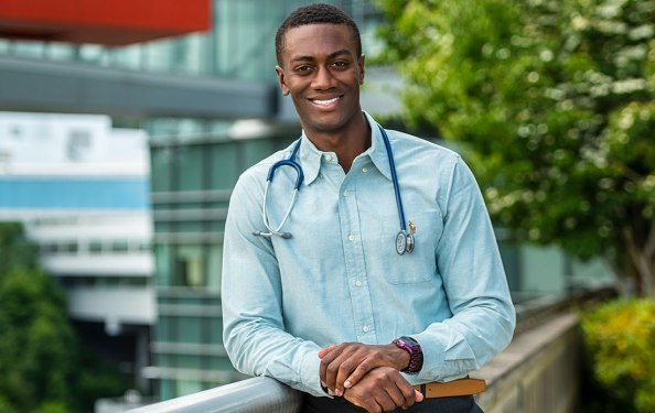 City Year AmeriCorps member details how he went from national service to medical school