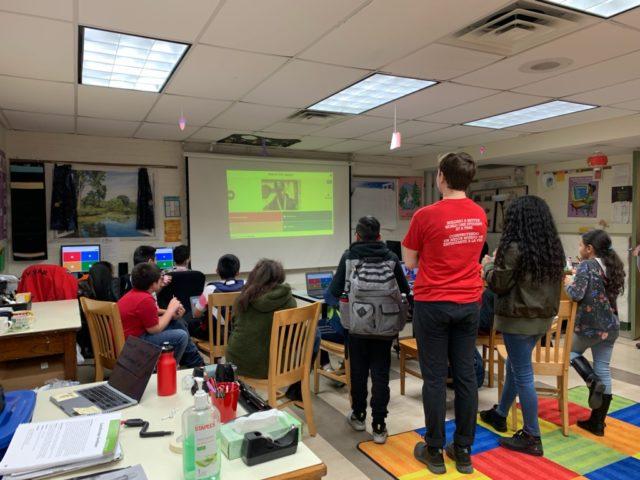 City Year Milwaukee tutoring students